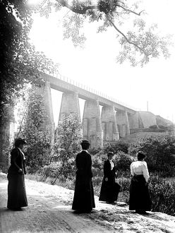 Trenance Viaduct, Newquay, Cornwall, around 1910