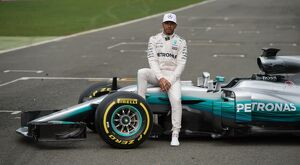 AUTO-PRIX-F1-LAUNCH-MERCEDES
