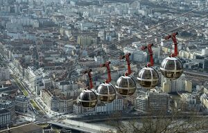 FRANCE-GRENOBLE- CABLE CAR