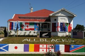 NEW ZEALAND-WHANGANUI-HOUSE-FLAGS-RUGBY