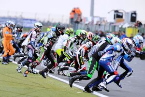 Riders Run to Bike at Bol d'Or