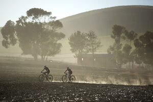 SAFRICA-CYCLING-CAPE-EPIC-MOUNATAIN BIKING