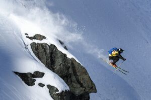 SKI-SNOWBOARD-FREERIDE-XTREME-WORLD-SUI