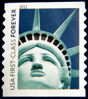 US-POSTAL STAMP-STATUE OF LIBERTY