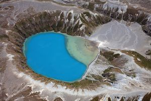 Aerial view of crater lake in Tongariro volcanic complex, New Zealand