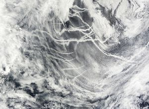Ship tracks in the Pacific Ocean