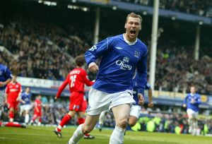Duncan Ferguson can't hide his delight at making it 1-1.