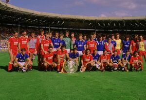 Everton and Liverpool teams share the 1986 Charity Shield