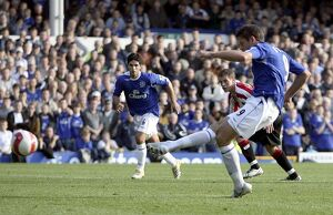 Everton v Sheffield United - 21/10/06 James Beattie scores the second goal from the