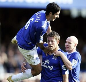 Everton v Sheffield United - James Beattie celebrates scoring their second goal with