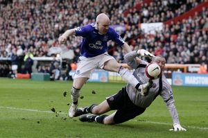 Sheffield United v Everton - Andrew Johnson in action against Paddy Kenny