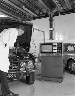 Laycock Auto Analyser 600 being used on an early 1970's Rover V8, 1972