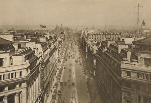 'On The Roof of Bush House, Looking From Kingsway Towards The Northern Heights&#39