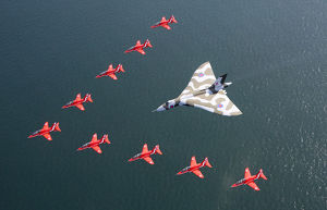 Red Arrows Farewell to Vulcan