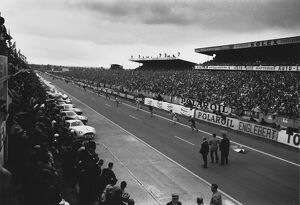 1960s Le Mans (Selection of 421 Items)