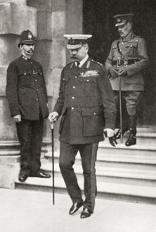 vintage/lord kitchener leaving war office london england