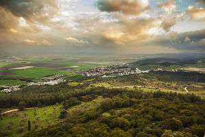 nature landscapes/mount carmel glowing clouds jezreel valley israel
